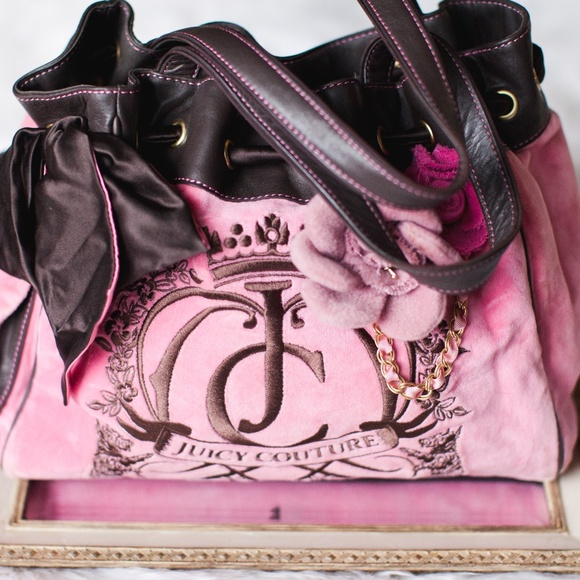 Juicy couture bags pink flower daydreamer handbag purse poshmark juicy couture pink flower daydreamer handbag purse mightylinksfo